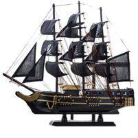 Zwart piratenschip